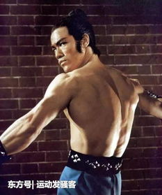 在家练成和李小龙一样的背部肌肉,你只需要这4个动作