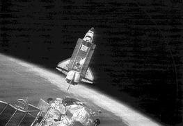 世界之窗 摘星揽月上九天 美俄航天器历史性会合