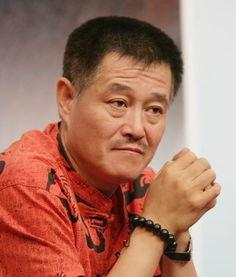 ...月19日 著名小品演员赵本山出生
