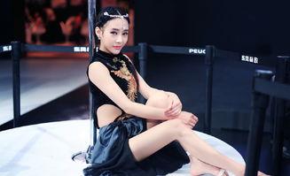 钢管舞的女孩,王筱沫算是非常幸运,因为她没有受到来自家庭的干预...