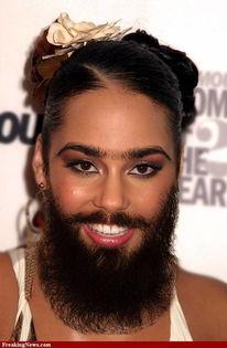 谁说胡子只是男人的专利?如果女人有了胡子和胸毛-盘点胡须达人