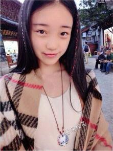 ...麒梓,今年只有16岁,身高165.是一位很清纯很爱笑的女生,主持...