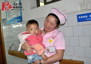 ...却鲜有时间陪伴自己的孩子.-护士节微观 护士的腿 因为爱,步履匆匆