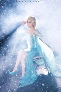 冰雪奇缘 女主艾莎COS魔幻冰雪背景