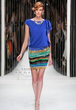 2013欧美走秀春夏新款亚麻裙高档职业修身连衣裙中年短袖大牌