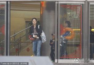 2010年5月4日,北京,最近有关周韵的事儿,听到的最大的八卦就是...