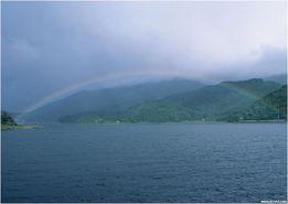 有时候不经意会失落,但不是说风雨过后,彩虹会依旧吗?虽然,现在...