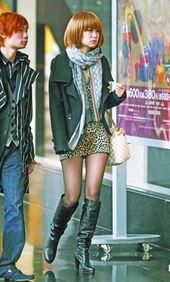 组图 丝袜 高跟成标杆 绯闻女孩 满街跑