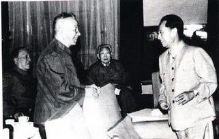 大战之前,粟裕将师直机关分成前后两个梯