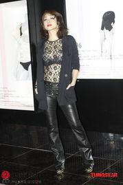 姐也色原创17p-情歌天后林忆莲也是性感装版现身支持偶像麦当娜,更是直言对麦当娜...