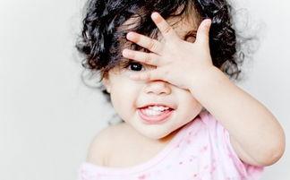 宝宝能不能烫头发 宝宝烫头发的危害有哪些