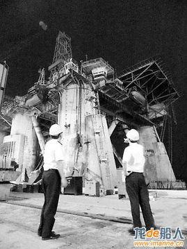蛇口友联船厂承修半潜式深海钻井平台 南海八号