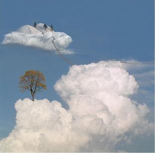 ...安宁,他通过超现实的手法创作了一组如诗如画恍若回到了童话世界...