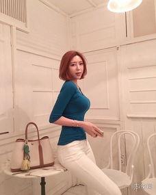 韩国女主播米娜晒火辣私房照 透视真空出镜太 胸 残