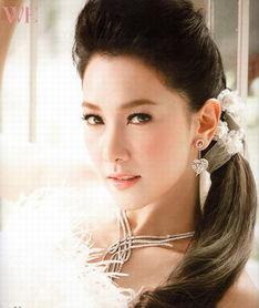 泰国美女总理英拉私房照曝光 号称头号美女 图