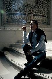 恩琪与布娃娃人体-由海润电影亿元投资拍摄,杜琪峰执导、韦家辉编剧的警匪巨作《毒战...