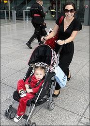 ...s及她的爱女 Ava Bailey Quinn-欧美名人子女 年纪小小派头十足
