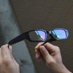 日本黑框眼镜被偷拍都唔知