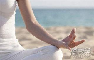 练瑜伽容貌变化对比照 练瑜伽三个月后的变化
