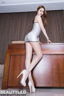 ...里丰乳翘臀长腿美女办公室大胆肉丝高跟激情诱惑写真图片 美腿丝袜 ...