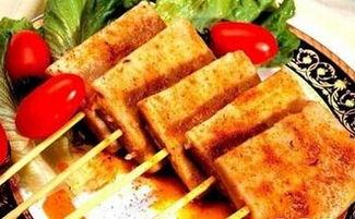 烤豆腐串生意好吗 消费者排队购买
