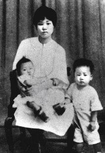 """但毛泽建始终坚贞不屈.她在狱中写下了""""誓死为党"""