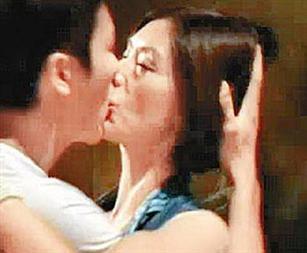 2009年讲述女同性恋的电影《得闲... 2012年的三级片《扎职》中,陈伟...