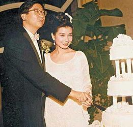 ...1年嫁他一直很幸福.2007年,朱家鼎因癌症去世-盘点那些与丑男相...