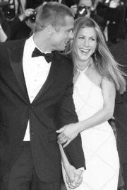 羡慕的一对明星夫妻布拉德·皮特和珍妮弗·安妮斯顿于2005年1月7...