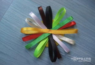 彩带花的折法图解步骤以及彩带玫瑰花的折法
