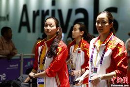 ...月23日,中国花游运动员中的姐妹花蒋文文、蒋婷婷随队抵达伦敦,...