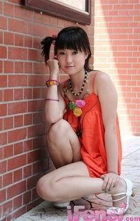 张筱雨承诺不再脱 看人体艺术 最后一脱 二