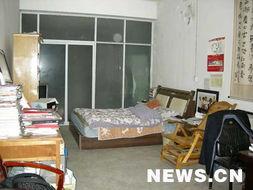 ...献家.这是他的房间.    摄 -深深的 小岗情结
