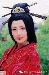 最记得她是在《至尊红颜》里演坏女人徐盈盈.   她更适合演生活剧,...