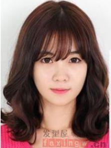 韩式女生发型中长发 彰显时尚青春活力