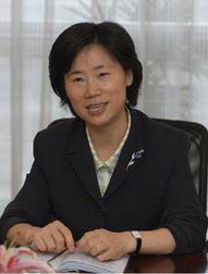 中国女高官标配 短发 套装