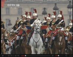 法破规格欢迎习近平来访 146名法骑兵护送