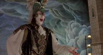 和法里内利一样,阉人歌手在还是唱诗班男童时就被送去阉割,抑制雄...