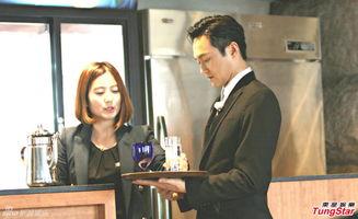 ...咏仪夫妻档参加综艺节目《一路上有你》扮演厨师和侍应,与田亮叶...
