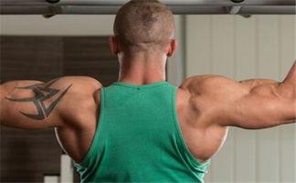 在家如何徒手练背阔肌 不引体怎么练背阔肌背阔肌训练计划