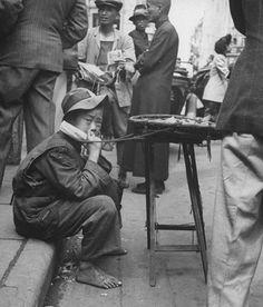 超能年代-民国时期的超级通胀 法币贬值到能用来点烟