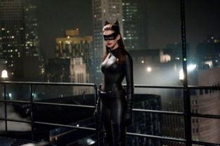 ...《蝙蝠侠》系列电影中的美艳女星.-组图 盘点 蝙蝠侠 系列中的美艳...