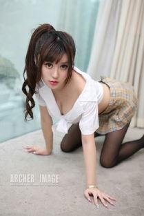 ...生制服的性感小美女丰乳翘臀修长美腿极致诱惑写真图片合集 制服诱...