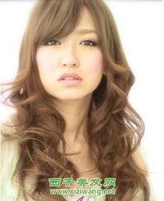女生长发烫发发型设计 5
