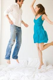 ...物,能随时投入性爱,但是妻子性唤起则需要更长时间,夫妻在性欲...