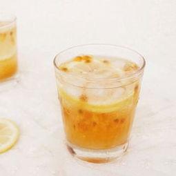 如何制作百香果蜜茶