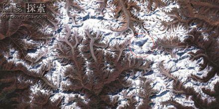 ...大地球卫星照 海底火山爆发 高山神秘消失 8