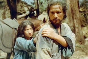 在《牯岭街少年杀人事件》中饰演小明的母亲.   张盈真.   台湾