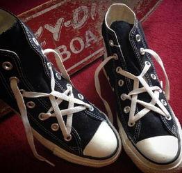 酷炫五角星鞋带的系法,简直帅到没朋友 爱家居爱幻想 投稿