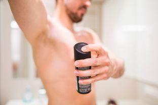 但也可能会导致腋下皮肤干燥、色... 如果高温状态下,腋窝大汗腺排汗...